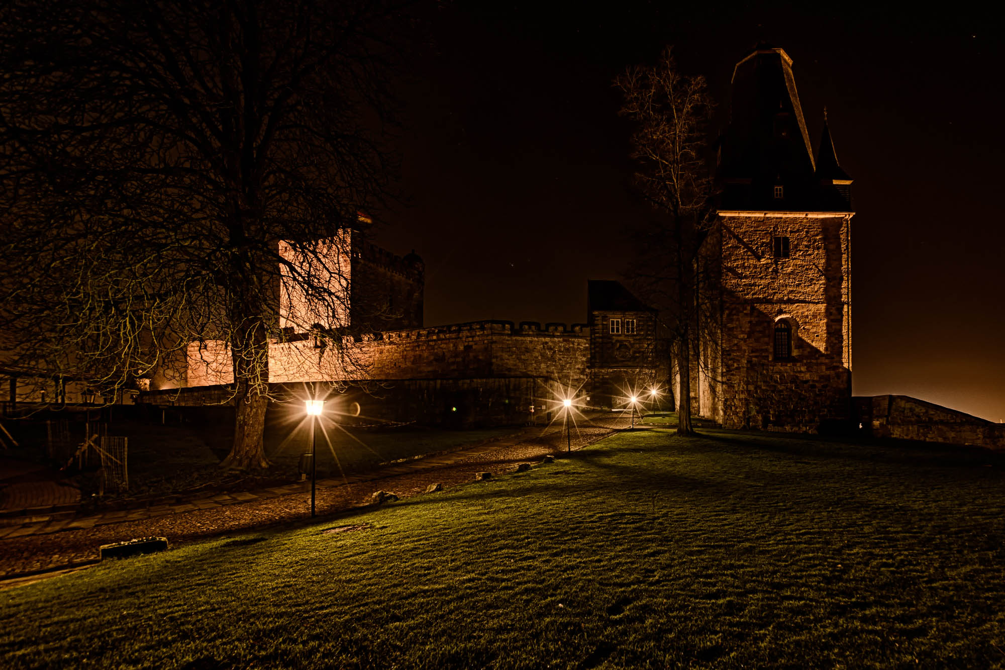 Bentheim Castle at night